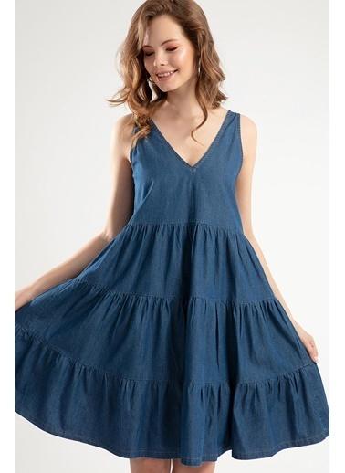 Pattaya Pattaya Kadın Askılı Büzgü Detaylı Kot Elbise PTTY20S-690 Mavi